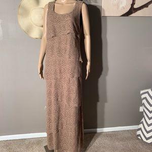 R&M Richards Size 12 Tan Tiered Lace Maxi Dress